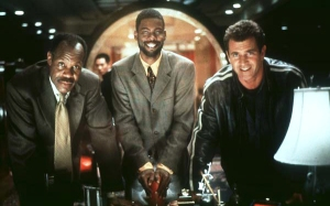 Chris Rock in Lethal Weapon 4 with Danny Glover and Mel Gibson!