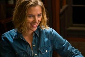 Scarlett Johansson is the head zookeeper in We Bought a Zoo